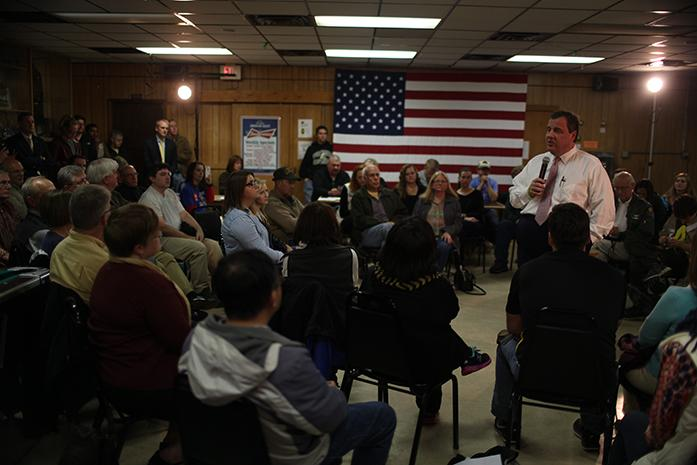 Gov.+Chris+Christie+speaks+to+supporters+in+American+Legion+Walter+Johnson+Post+721+on+Wednesday%2C+Nov.+11%2C+2015+in+Coralville%2C+IA.+Christie+is+one+of+15+candidates+hoping+to+represent+the+GOP+in+the+upcoming+election.+%28The+Daily+Iowan%2FJoshua+Housing%29