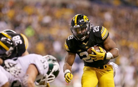 By the Numbers: Iowa-Stanford