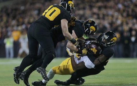 Stanford's multifaceted offense will challenge Iowa
