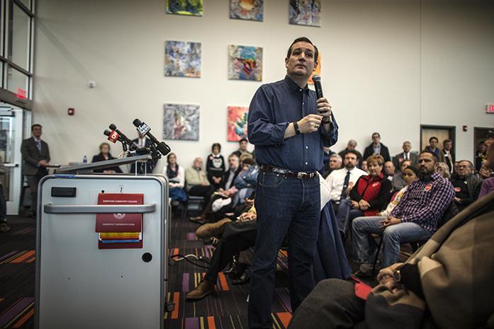 Cruz trumps suit in Iowa