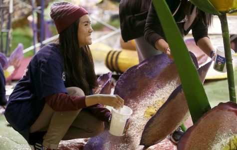 Photos: Rose Parade float construction