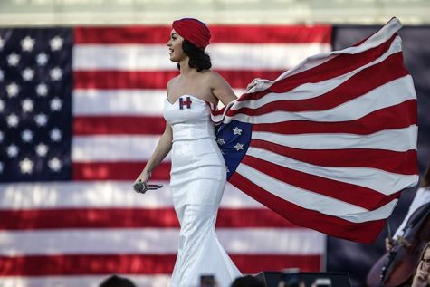 Singer Katy Perry takes the stage in Des Moines on Saturday, Oct. 24, 2015. Perry performed and announced her support for Hillary Clinton for the 2016 presidential election. (The Daily Iowan/Sergio Flores)