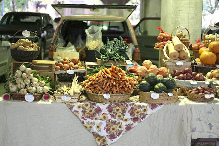 The Iowa City Farmers Market on Oct, 28 had a very large variety of vegetables, fruits, and deserts. The Market ended Oct 31, and the Winter market will start on Nov, 8. (The Daily Iowan/Glenn Sonnie Wooden)