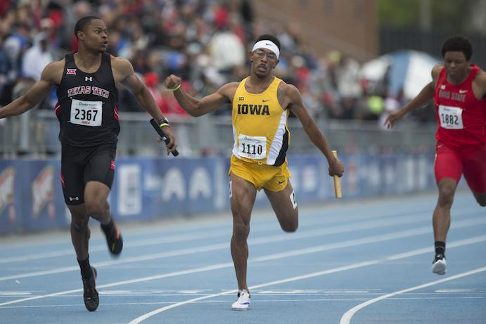 Iowa%27s+Mar+%27+yea+Harris+anchors+the+men%27s+4x100+relay+during+the+2016+Drake+Relays+in+Des+Moines+on+Friday%2C+April+29%2C+2016.+Iowa+took+10th+place+in+the+preliminaries.+%28The+Daily+Iowan%2FBrooklynn+Kascel%29