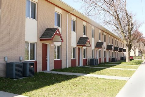 The Rose Oaks Apartments are shown on Monday, April 11, 2016. Conflict between tenants and the landlords have arisen amidst the eviction of tenants before their lease is up. (The Daily Iowan/Schmit)