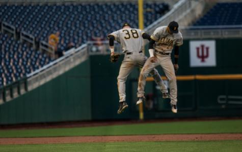 Baseball seeks to continue winning ways