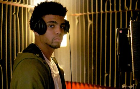Chasing songs, not pigskins: Former Hawkeye football player Omar Truitt moved from the field to the recording studio