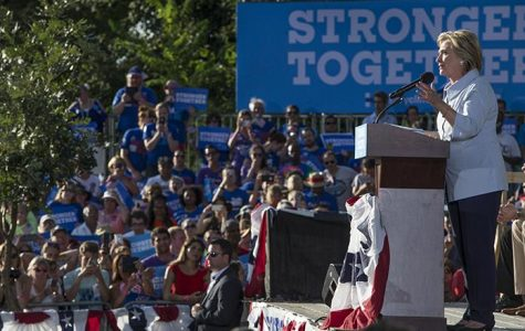 Clinton champions unions on Labor Day