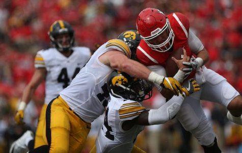 Defense shoves Hawkeyes past Rutgers