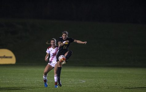 Soccer falls short against Gophers
