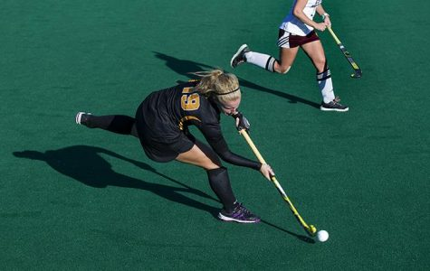 Field hockey rolls in two weekend matches