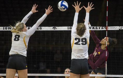 Hawkeye volleyball loses two but learns too