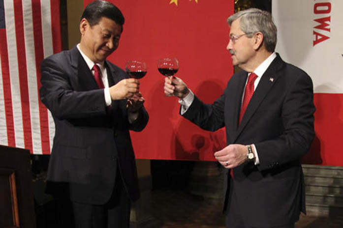 FILE+-+In+this+Feb.+15%2C+2012+file-pool+photo%2C+Chinese+Vice+President+Xi+Jinping+and+Iowa+Gov.+Terry+Branstad+raise+their+glasses+at+the+beginning+of+a+formal+dinner+in+the+rotunda+at+the+Iowa+Statehouse+in+Des+Moines%2C+Iowa.+Branstad%2C+President-elect+Donald+Trump%27s+choice+for+U.S.+ambassador+to+China%2C+can+boast+a+30-year+relationship+with+Chinese+President+Xi+Jinping%2C+the+most+powerful+Chinese+leader+in+decades%2C+especially+amid+escalating+talk+of+a+trade+war+with+the+U.S.%E2%80%99s+largest+trading+partner%3F++%28AP+Photo%2FThe+Des+Moines+Register%2C+Andrea+Melendez%2C+Pool%2C+File%29
