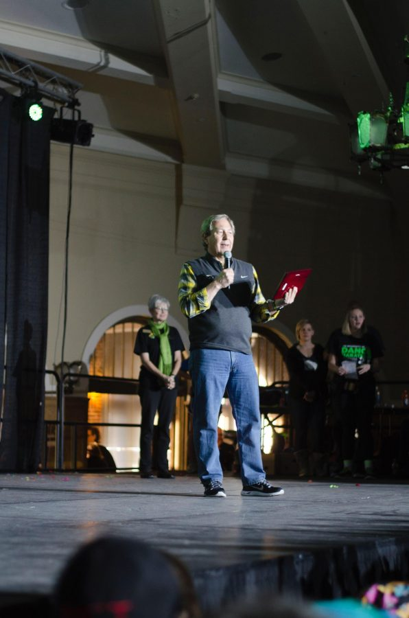 UI+President+Bruce+Harreld+spoke+at+the+awards+ceremony+before+Dance+Marathons+Power+Hour.+The+awards+went+to+top+fundraisers%2C+Chi+Omega%2C+and+the+Future+Alumni+Network.%0A%28Daily+Iowan%2FKarley+Finkel%29