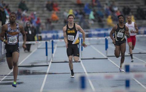 Iowa men's track concludes regular indoor season