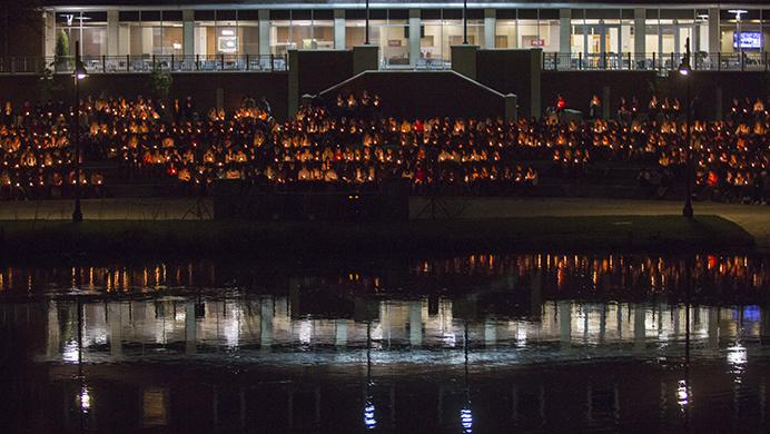 Community+members+attend+a+vigil+for+University+of+Iowa+freshman+Kamil+Jackowski+and+Sean+Wu+at+the+IMU+outdoor+amphitheater+on+Wednesday%2C+May+3%2C+2017.++Jackowski+died+Sunday+morning+at+Sigma+Chi%E2%80%99s+formal+at+Lake+of+the+Ozarks%2C+Missouri+and+Wu+was+found+intoxicated+and+unresponsive+in+his+dorm+room%2C+he+later+died+at+the+hospital.+Friends+and+coworkers+shared+memories+and+prayers.+%28The+Daily+Iowan%2FJoseph+Cress%29
