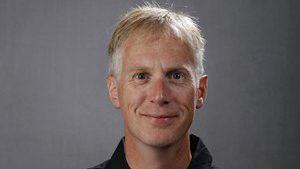 Head coach Andrew Carter (hawkeyesports.com)