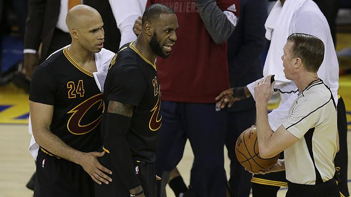 Cleveland+Cavaliers+forward+LeBron+James%2C+center%2C+and+forward+Richard+Jefferson+%2824%29+talk+with+referee+Ed+Malloy+during+the+first+half+of+Game+5+of+basketball%27s+NBA+Finals+between+the+Golden+State+Warriors+and+the+Cavaliers+in+Oakland%2C+Calif.%2C+Monday%2C+June+12%2C+2017.+%28AP+Photo%2FBen+Margot%29