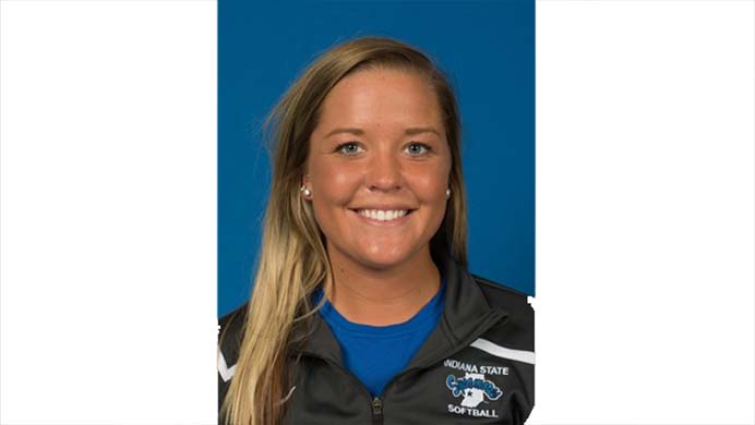 Iowa+softball+head+coach+Marla+Looper+announced+that+Iowa+will+add+Makenzie+Ihle+to+its+pitching+roster+for+the+2017-18+season.+%28GoSycamores.com%29
