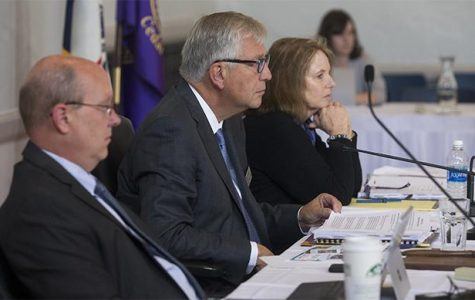 Iowa regents re-elect Richards, Cownie to board's top positions