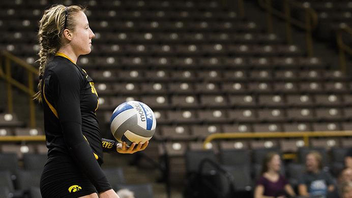 Iowa%E2%80%99s+Annika+Olsen+prepares+to+serve+during+the+volleyball+Black+%26+Gold+scrimmage+in+Carver-Hawkeye+on+Aug.+19.+The+Hawkeyes+will+host+their+first+home+game+against+Nebraska-Omaha+at+noon+on+Sept.+1+to+kick+off+the+four-game+Hawkeye+Classic.+