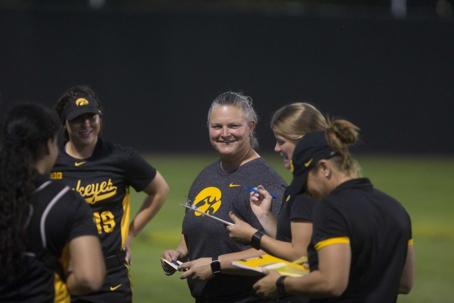 Iowa+head+coach+Marla+Looper+is+pleased+with+the+Hawkeyes+win+at+the+Pearl+Field+Hawkeye+Softball+complex+on+Friday%2C+Sept.+22%2C+2017.+Hawkeyes+defeated+Kirkwood+Community+College+5-3.+%28Ashley+Morris%2FThe+Daily+Iowan%29