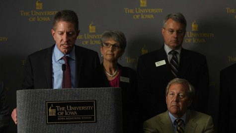 Former state Board of Regents President Bruce Rastetter announces the appointment of Bruce Harreld as the new UI president during a meeting in the IMU on Sept. 3, 2015. Harreld is the 21st president of the UI.