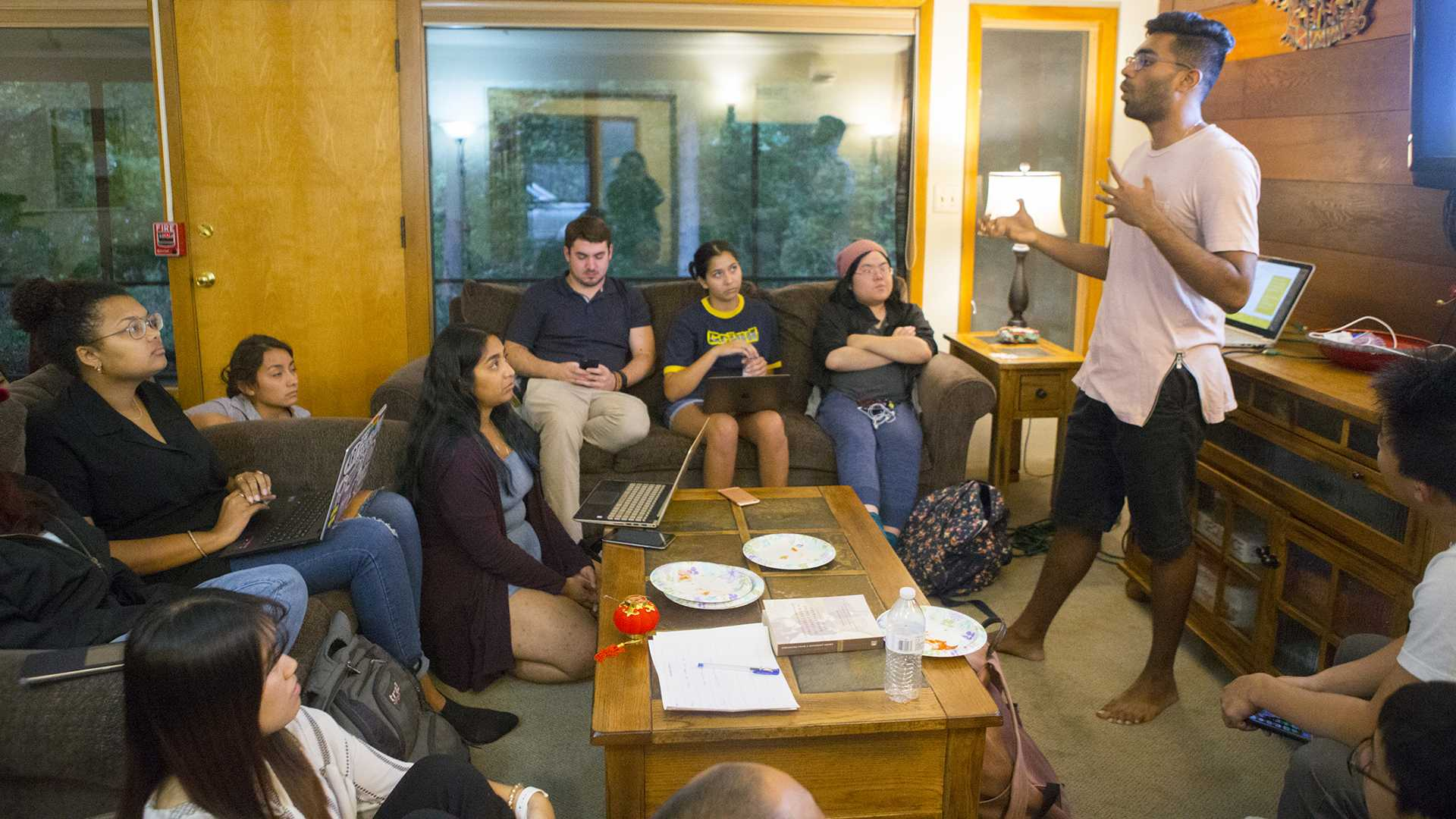 Students converse during the UISG Asian American Discussion Circle at the Asian Pacific American Cultural Center on Monday, Sept. 18, 2017. The event served as an outlet for Asian UI students to explore identity and express issues related to Asian students. (Lily Smith/The Daily Iowan)