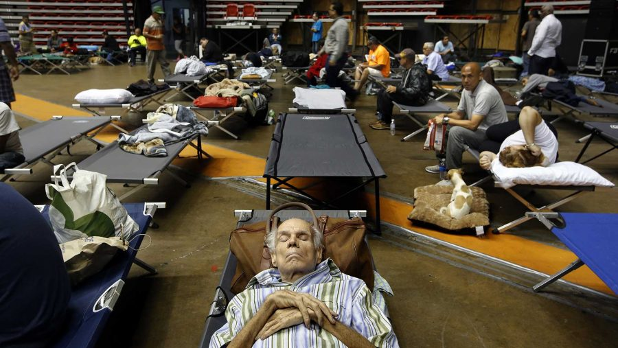 Hundreds+of+San+Juan+residents+have+taken+shelter+at+the+Roberto+Clemente+Coliseum+in+San+Juan%2C+Puerto+Rico%2C+on+Tuesday%2C+Sept.+19%2C+2017%2C+until+Hurricane+Maria+passes.+%28Carolyn+Cole%2FLos+Angeles+Times%2FTNS%29