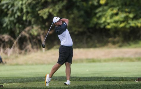 Hawkeye Men's Golf Warms up for Season in Florida