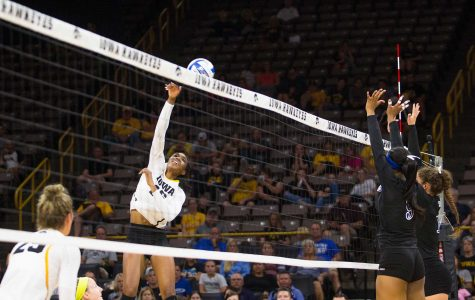 Volleyball powers through home-opener