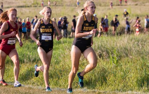 Cross-country record breakers dazzle in opener
