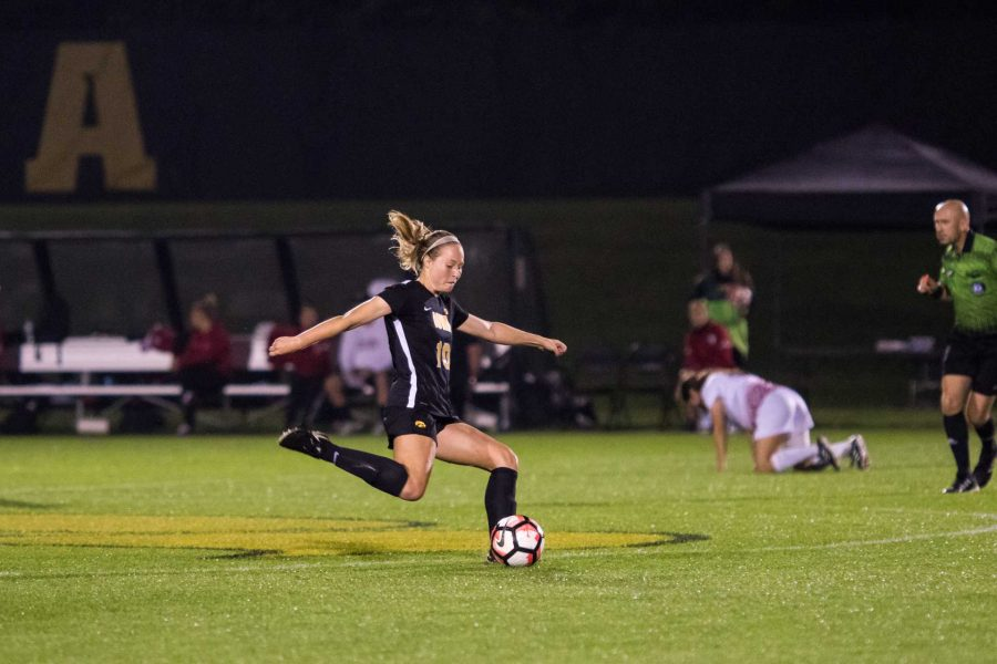 Iowa%27s+Natalie+Winters+kicks+the+ball+during+the+Iowa%2FRutgers+soccer+game+on+Thursday%2C+Oct.+5%2C+2017.+Iowa+won+the+match+1-0.+