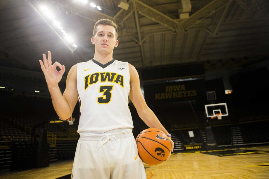 Iowa+guard+Jordan+Bohannon+poses+for+a+portrait+during+men%27s+basketball+media+day+in+Carver-Hawkeye+Arena+on+Monday%2C+Oct.+16%2C+2017.+