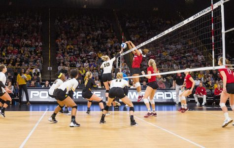 Intensity lacking for volleyball Hawks