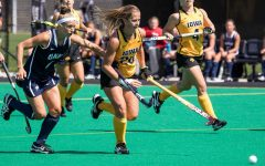 Iowa field hockey heads East for weekend matchups