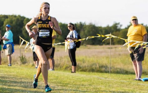 Iowa's two XC seniors make their mark on the young Hawkeye team