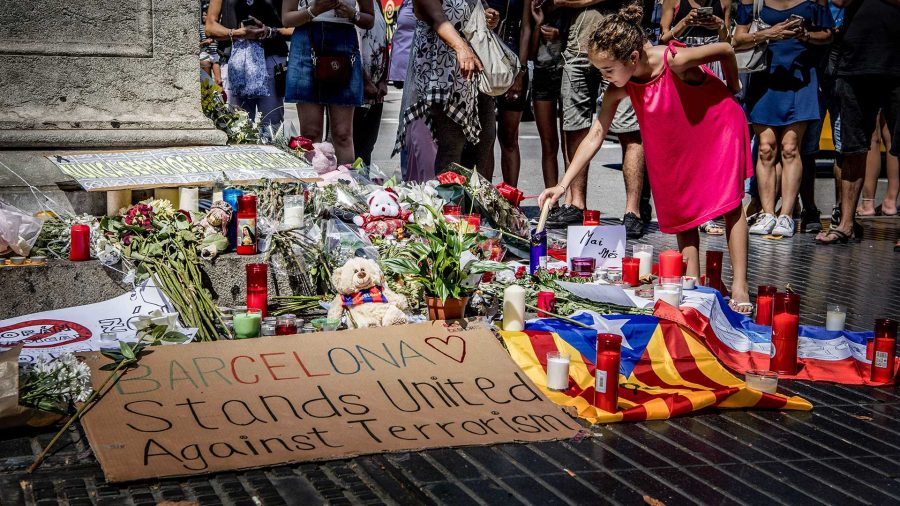 Flowers%2C+messages+and+candles+placed+at+a+memorial+Aug.+18%2C+2017+in+Barcelona+after+the+terrorist+attack+of+The+Rambla+in+Barcelona%2C+Spain.+The+attack+killed+14+and+left+more+than+100+wounded.+%28Robin+Utrecht%2FAbaca+Press%2FTNS%29