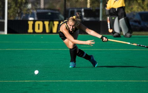Field hockey falls to Northwestern in overtime