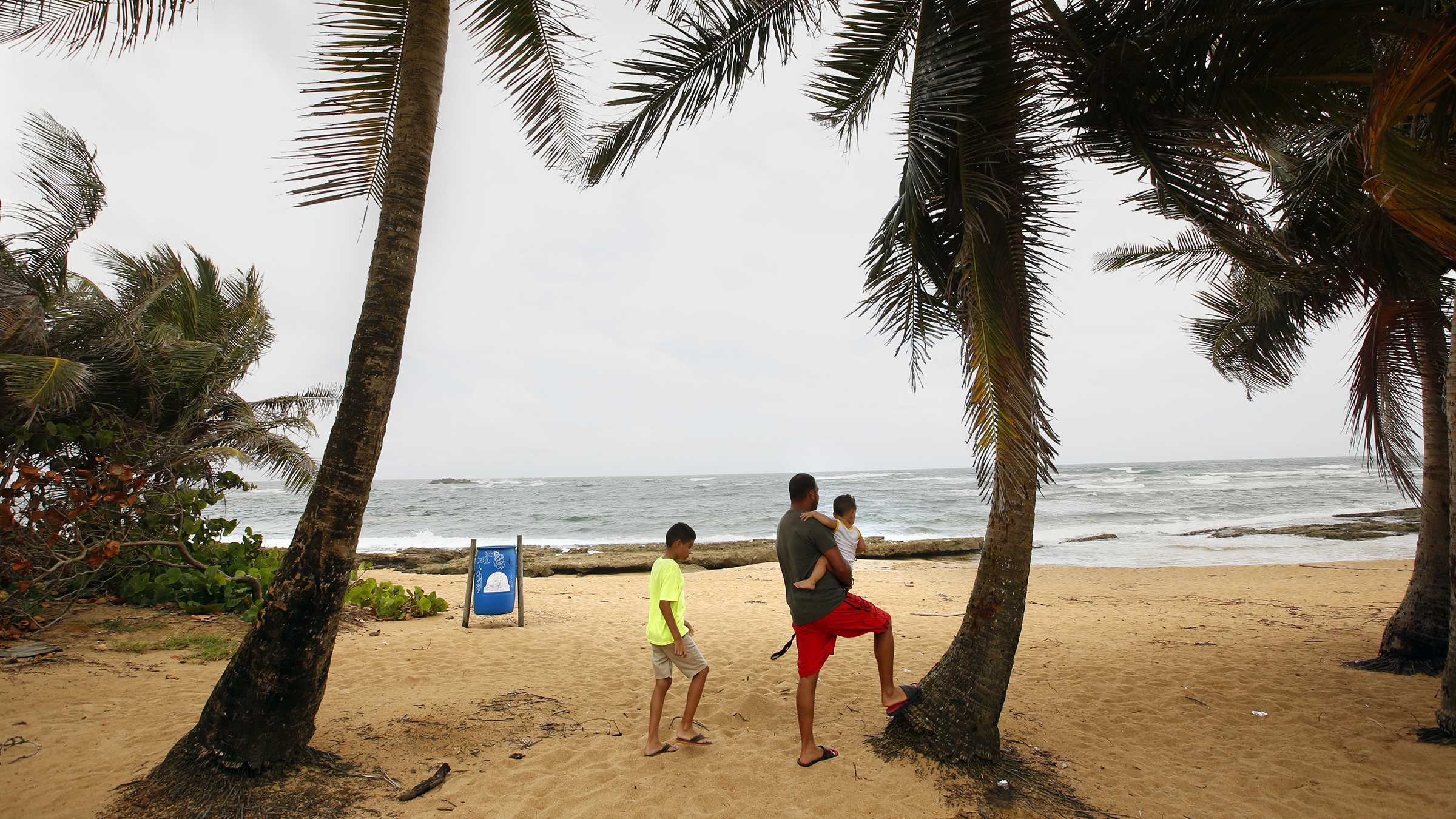 Residents of San Juan, Puerto Rico are anticipating a direct hit from Hurricane Maria, on Tuesday, Sept. 19, 2017. The hurricane is expected to pass over the island on Wednesday. (Carolyn Cole/Los Angeles Times/TNS)