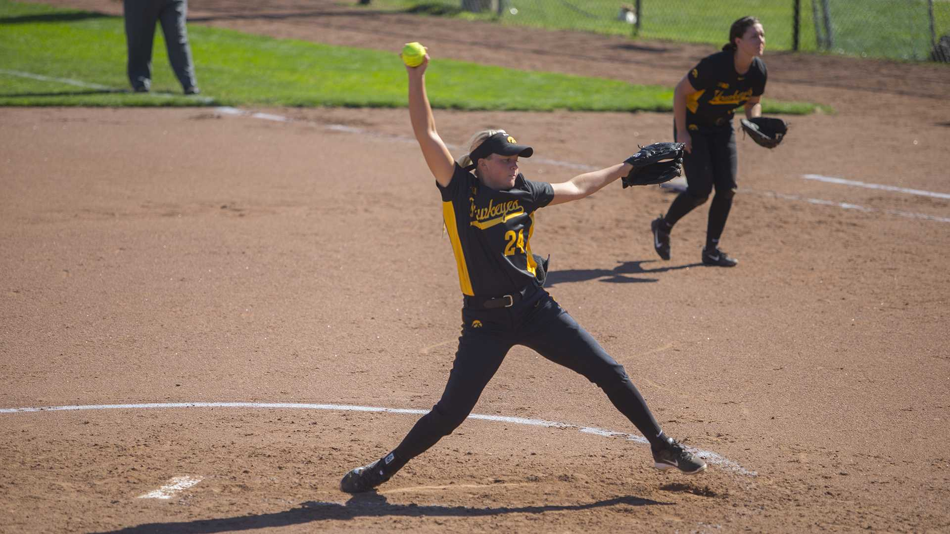 Iowa's Kenzie Ihle pitches during the last Fall Ball softball game against Northern Illinois at Pearl Field on Sunday, Oct. 8, 2017. The Huskies defeated the Hawkeyes, 9-2. (Lily Smith/The Daily Iowan)
