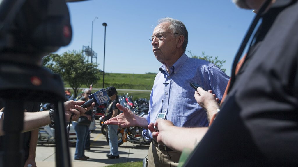 Sen.+Chuck+Grassley%2C+R-Iowa%2C+speaks+with+members+of+the+media+during+the+third+annual+Joni+Ernst+Roast+and+Ride+fundraiser+event+at+Big+Barn+Harley+Davidson+in+Des+Moines+on+Saturday%2C+June%2C+3%2C+2017.+%28Joseph+Cress%2FThe+Daily+Iowan%29