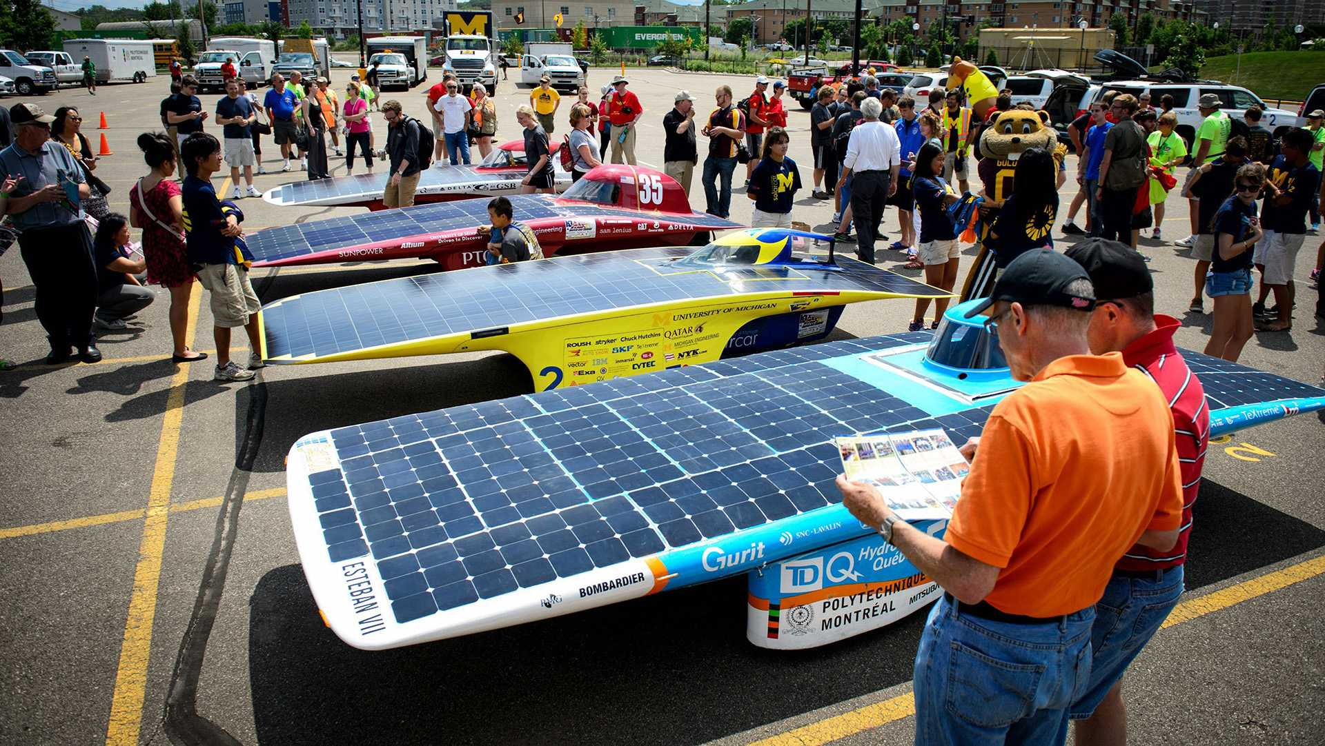 ISU's old solar car hits road to help UI's ASME team