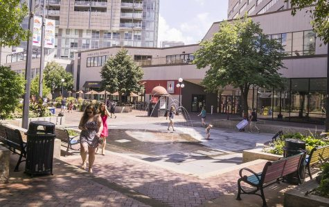Iowa City councilors back commercial Ped Mall structures