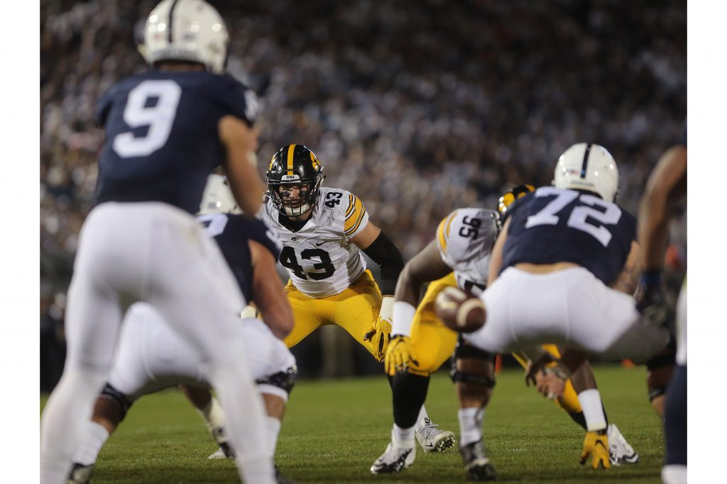 Iowa+defensive+linebacker+Josey+Jewell+stares+down+Penn+State+quarterback+Trace+McSorley+during+the+Iowa-Penn+State+game+in+Beaver+Stadium+in+College+State+on+Saturday%2C+Nov.+5%2C+2016.+The+Nittany+Lions+defeated+the+Hawkeyes%2C+41-14.+%28The+Daily+Iowan%2FMargaret+Kispert%29
