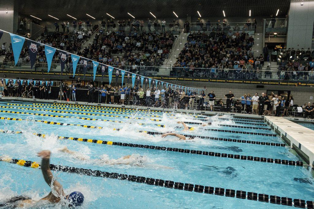 Swimmers+compete+during+the+USA+Swimming+West+Junior+Nationals+on+Saturday+Dec.+9%2C+2017.+%28Nick+Rohlman%2FThe+Daily+Iowan%29