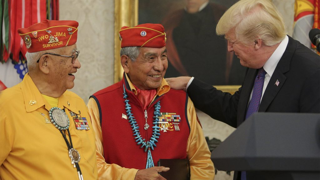 President+Donald+Trump+greets+members+of+the+Native+American+code+talkers+on+Nov.+27%2C+2017+during+an+event+in+the+Oval+Office+of+the+White+House+in+Washington%2C+D.C.+%28Oliver+Contreras%2FPool%2FSipa+USA%2FAbaca+Press%2FTNS%29