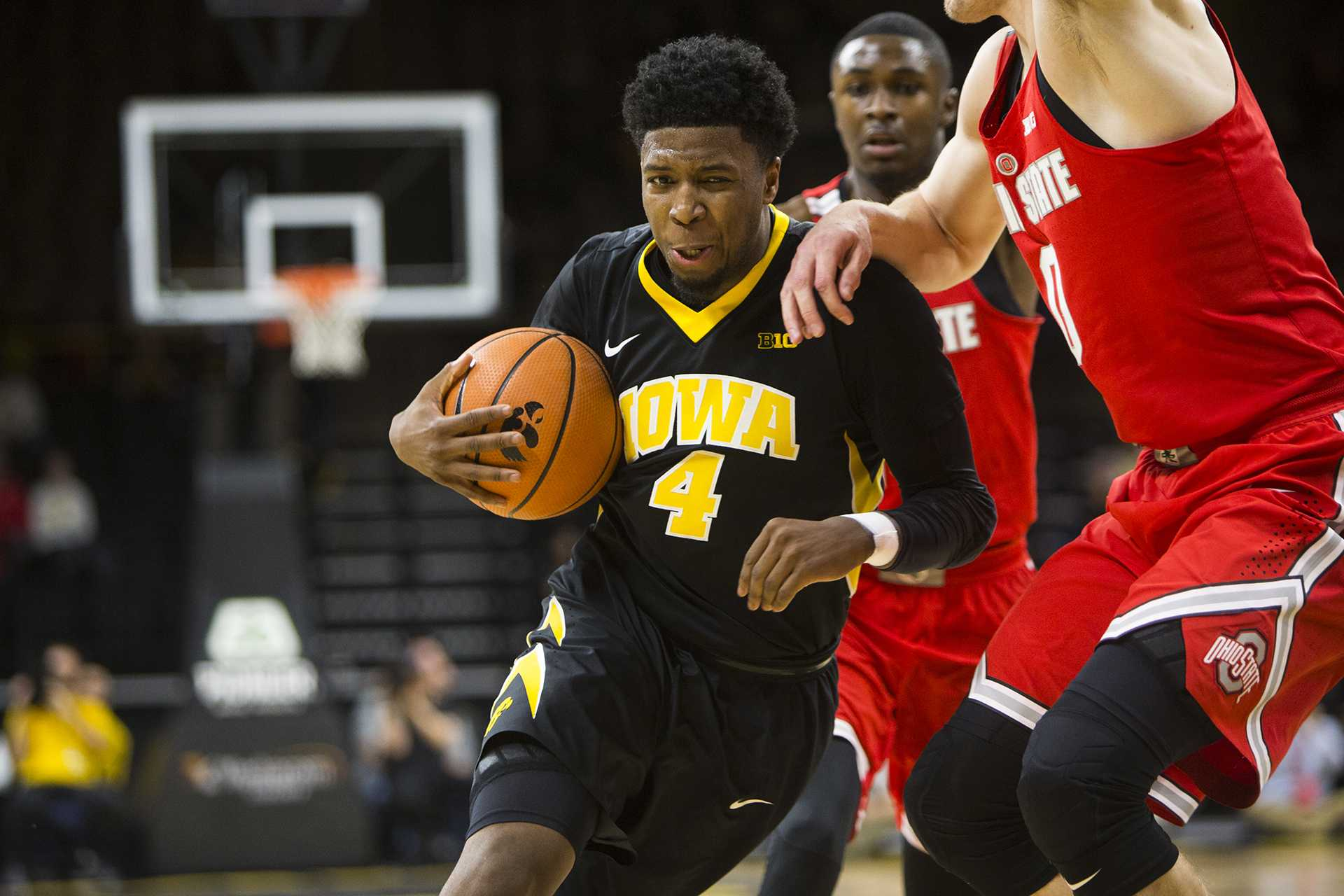 Iowa guard Isaiah Moss drives to the hoop during an Iowa/Ohio State men's basketball game in Carver-Hawkeye Arena on Thursday, Jan. 4, 2018. The Buckeyes defeated the Hawkeyes, 92-81. (Joseph Cress/The Daily Iowan)