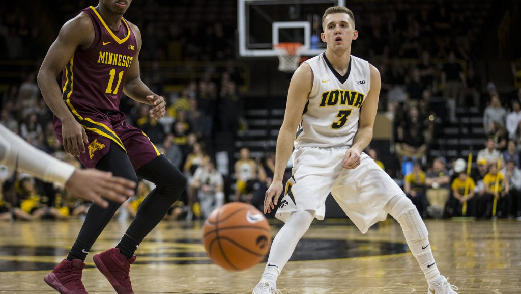 Iowa%27s+Jordan+Bohannon+%283%29+passes+the+ball+to+a+teammate+during+the+NCAA+men%27s+basketball+game+between+Iowa+and+Minnesota+at+Carver-Hawkeye+Arena+on+Tuesday%2C+Jan.+30%2C+2018.+The+Hawkeyes+are+going+into+the+game+with+a+Big+Ten+conference+record+of+2-8.+Iowa+went+on+to+defeat+the+Golden+Gophers+94-80.+%28Ben+Allan+Smith%2FThe+Daily+Iowan%29