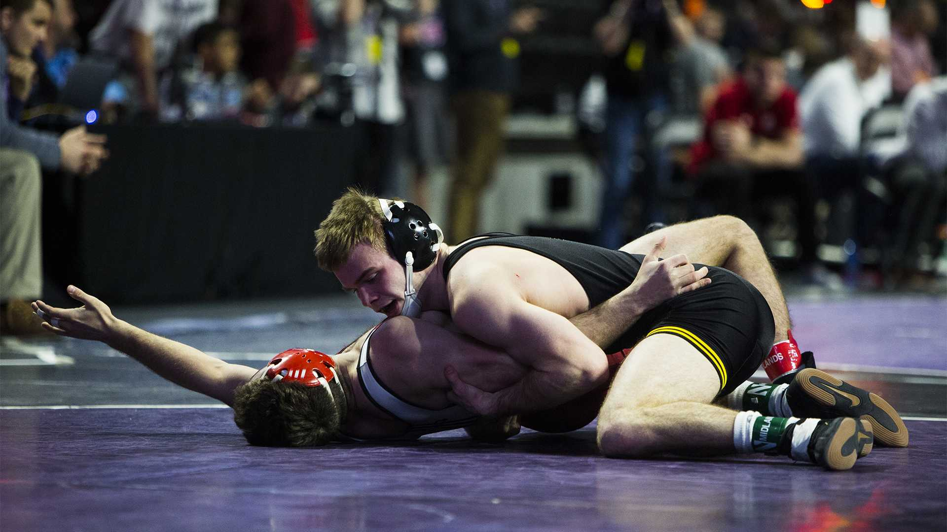 Iowa's 149-pound Brandon Sorensen wrestles Old Dominion's Kevin Budock during the first session of the 55th Annual Midlands Championships in the Sears Centre in Hoffman Estates, Illinois, on Friday, Dec. 29, 2017. (Joseph Cress/The Daily Iowan)